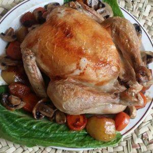 مرغ بریان پخته شده در ناخ