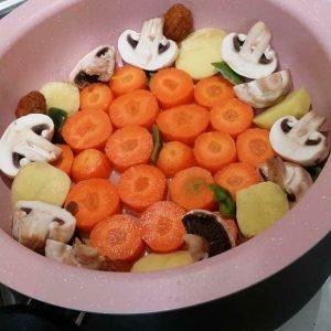 پخت سبزیجات در غذاپز ناخ
